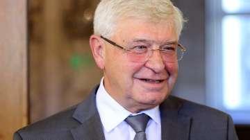 Кирил Ананиев: Намаляват просрочените задължения на държавните болници