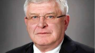 Парламентът избра новия министър на здравеопазването Кирил Ананиев