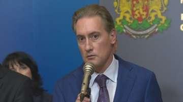 Домусчиев: БМФ не е във фалит и се управлява добре