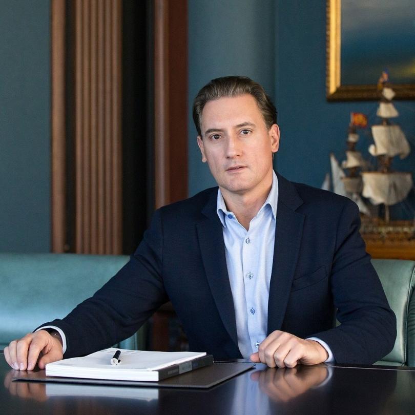 Кирил Домусчиев ще съди Валери Симеонов за клевета