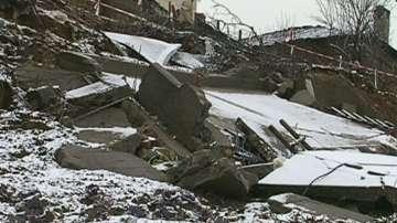 Свлачищата в Кирково прекъснаха пътищата за две села