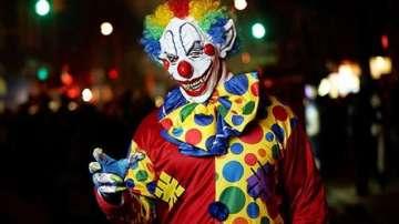 Трима души бяха ранени в Австрия от дегизирани като клоуни нападатели