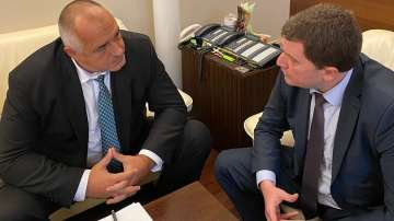 Премиерът и главният прокурор се срещнаха с кмета на Перник заради водния режим