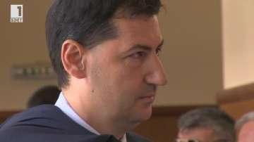 Съдът върна на прокуратурата делото срещу пловдивския кмет Иван Тотев