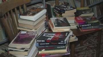Учени анализираха миризмата на старите книги