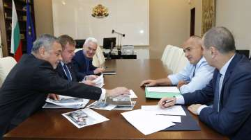 Коалиционен съвет обсъжда промените в кабинета след декларацията на НФСБ