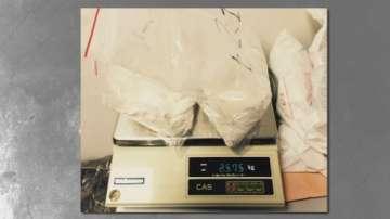4 килограма и 300 грама кокаин намериха в багаж на летището