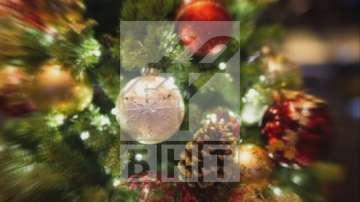 Ще похарчим 1/4 от месечните си доходи за подаръци по Коледа