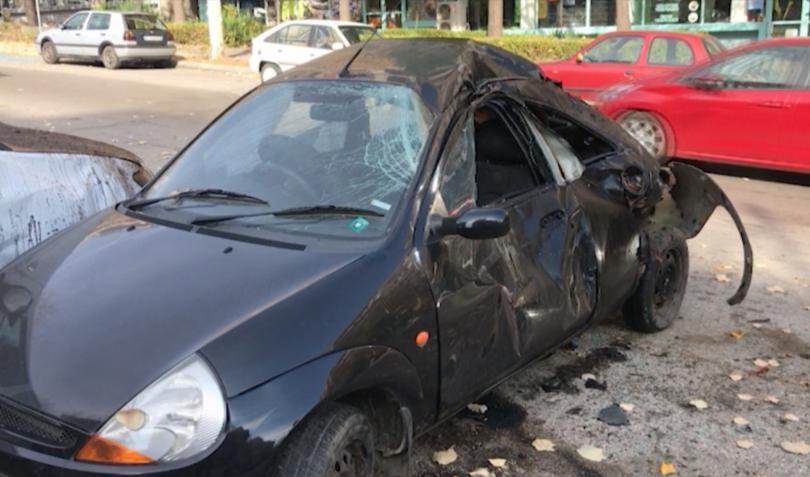 20-годишен шофьор самокатастрофира и удари 4 паркирани коли във Велико