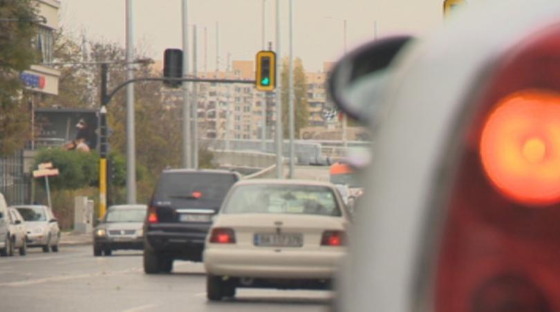 По-високите данъци за старите автомобили няма да доведат до по-чист