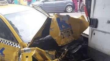 Двамата джигити, които потрошиха общо 19 коли, остават в ареста