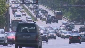 КАТ спира от движение колите със затъмнени стъкла