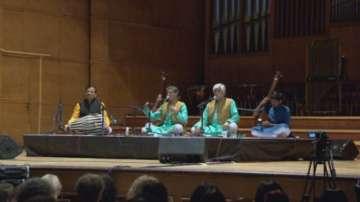 Йога на звука събра много почитатели в София