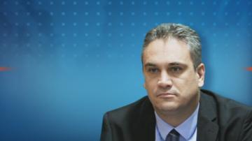 Шефът на Антикорупционната комисия подаде оставка