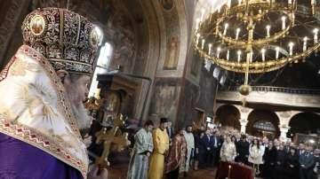 С молебен започна тържественото отбелязване на 140 г. Търновска конституция