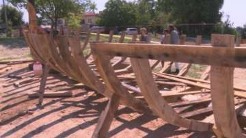 Реплика на древен тракийски кораб изграждат край язовир Копринка
