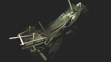 В Черно море откриха останки на най-древния неповреден кораб в света