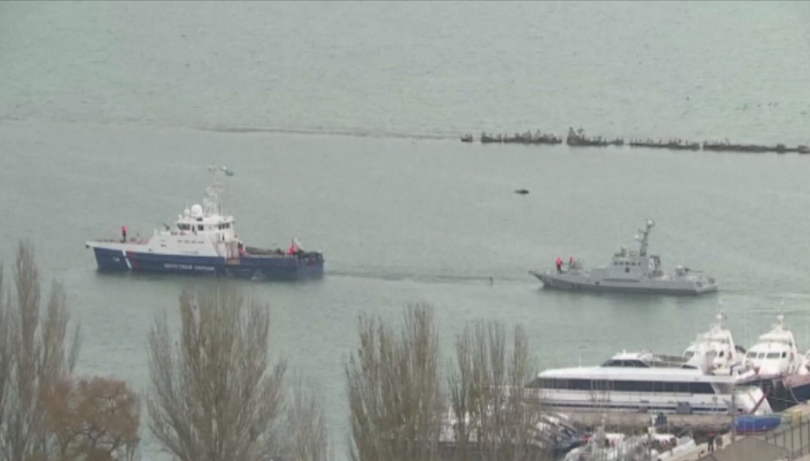 Русия върна на Украйна трите военни кораба, които бяха задържани