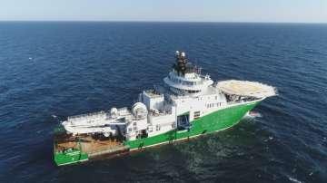 Руският военен флот следи американски боен кораб, навлязъл в Черно море