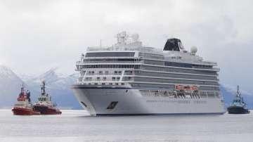 Успешна мисия: Спасиха 500-те пътници от круизния кораб край Норвегия