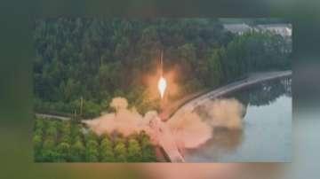 Северна Корея е изстреляла две балистични ракети