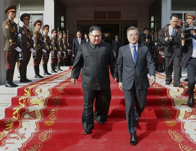 Северна и Южна Корея се договориха днес за уреждане на