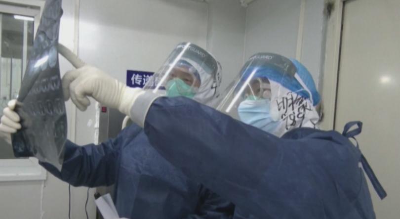 Американец в Ухан е първият чужденец-жертва на коронавируса. В Китай