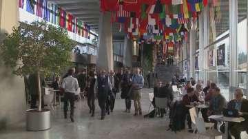 В Женева учени от цял свят обсъждат мерки срещу коронавируса