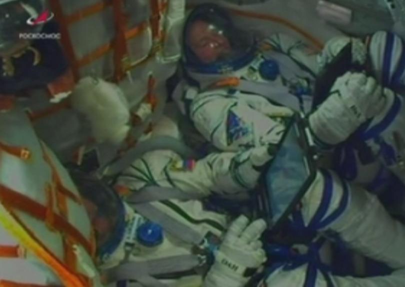 Космонавтът Алексей Овчинин и астронавтът Ник Хейг, които оцеляха невредими