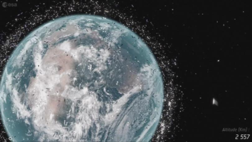 Снимка: Заплаха от космическите отпадъци
