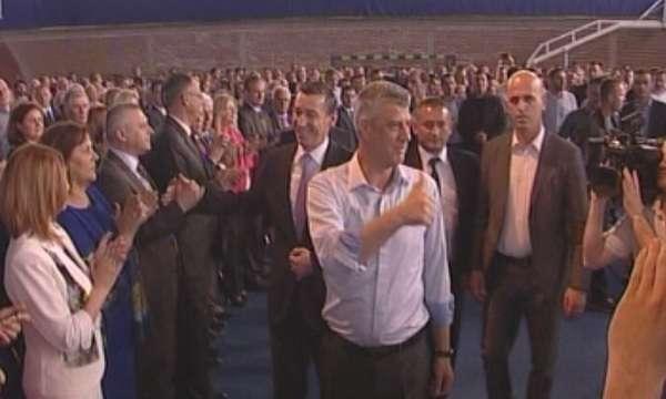 Хашим Тачи поиска от папа Франциск да признае Косово