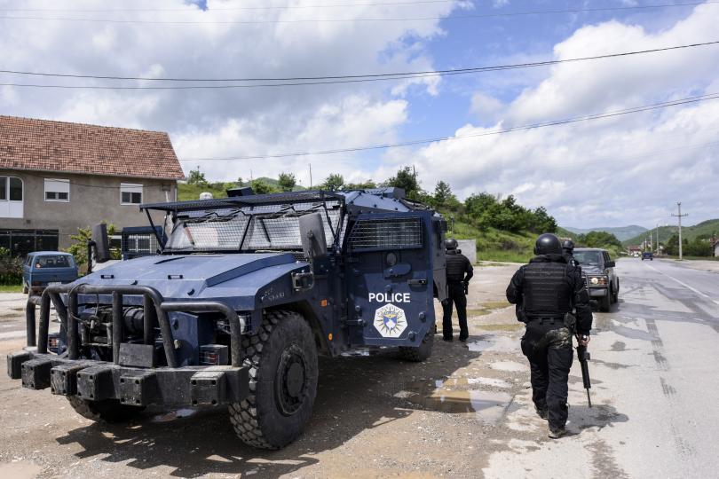 мащабна операция полицията северно косово