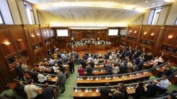 Косовските депутати разпуснаха парламента