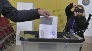След изборите в Косово: Двете опозиционни партии получават по 30% от вота