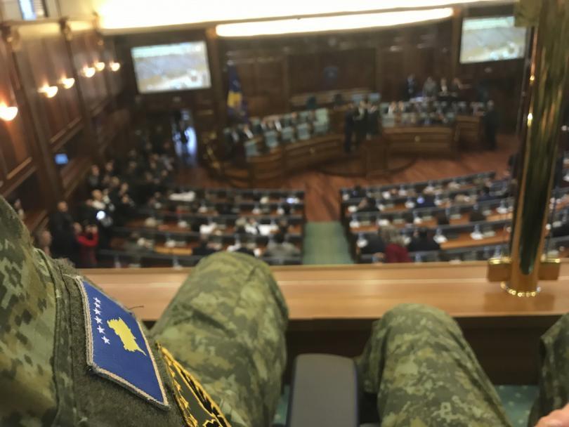 Косовският парламент одобри създаването на армия. Белград реагира остро. От