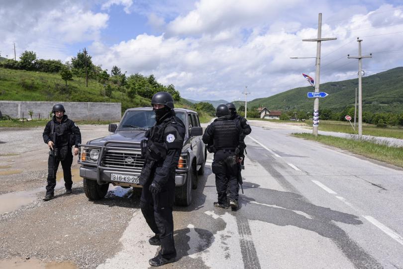 снимка 2 Мащабна операция на полицията в Северно Косово