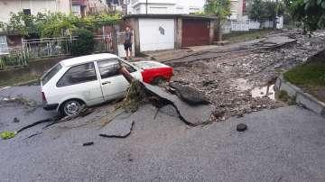 Отмениха бедственото положение след наводнението в Котел