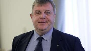 Красимир Каракачанов определи проблема с ромската престъпност като болен въпрос