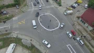 Необичайно кръгово кръстовище изградиха в Стара Загора (ВИДЕО)