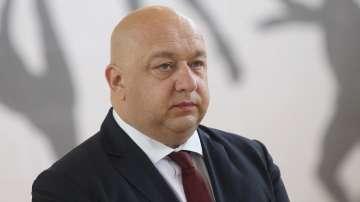 Министър Кралев: Искаме оставката на Боби Михайлов
