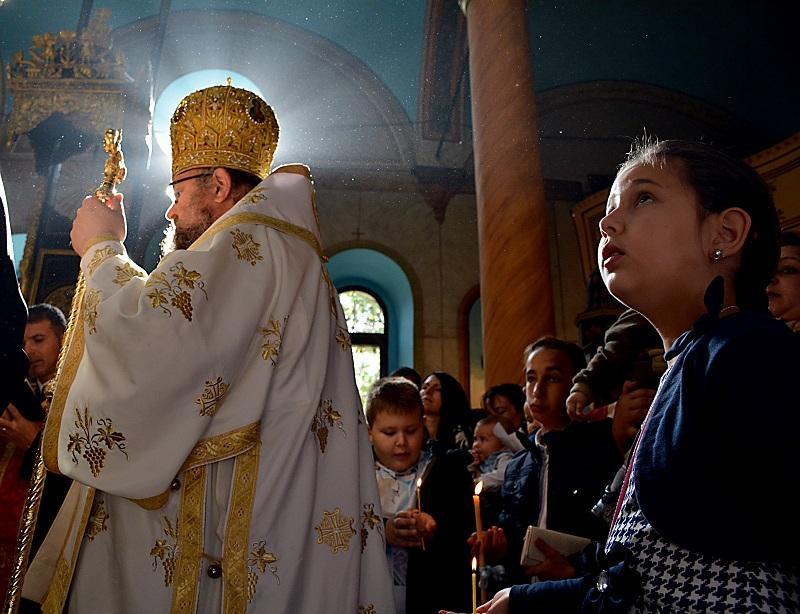снимка 6 Хиляди деца получиха свето Кръщение в цяла България (СНИМКИ)