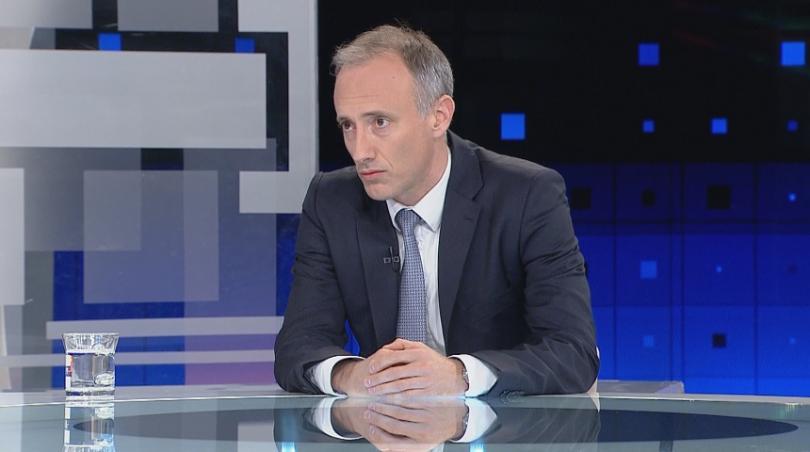 """В студиото на """"Още от деня"""" образователният министър Красимир Вълчев"""