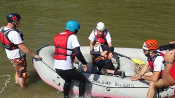Екипи на БЧК демонстрираха как се действа при наводнения