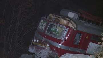 След дерайлирането на влака: Трима души остават за лечение в болница