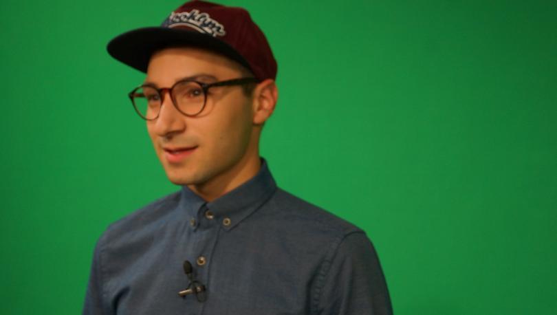 """Популярният влогър Крис Захариев води новото тв предаване """"Натисни F1"""" по БНТ2"""