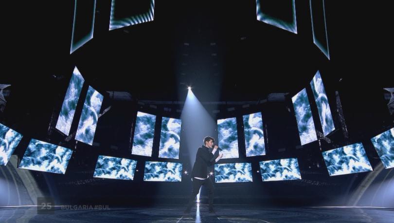 снимка 3 Вижте изпълнението на Кристиан Костов на финала на Евровизия 2017 (ВИДЕО)