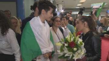 България посрещна Кристиан Костов като звезда