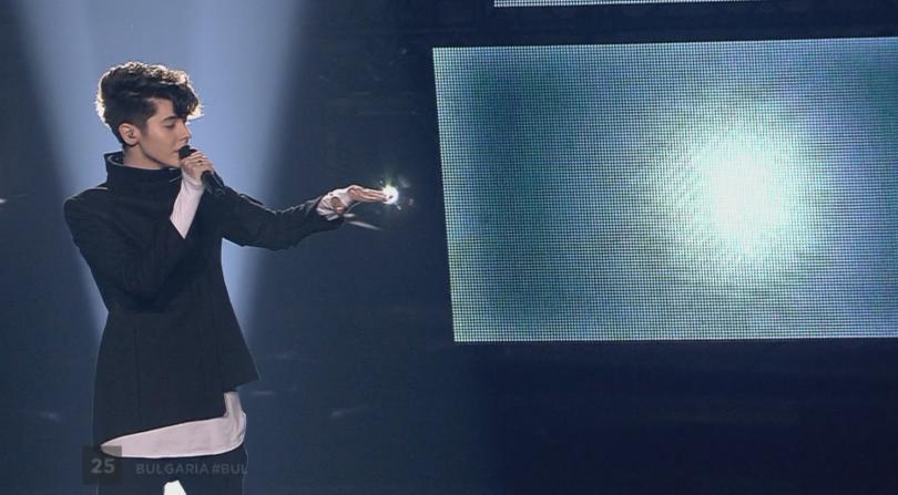 снимка 2 Вижте изпълнението на Кристиан Костов на финала на Евровизия 2017 (ВИДЕО)