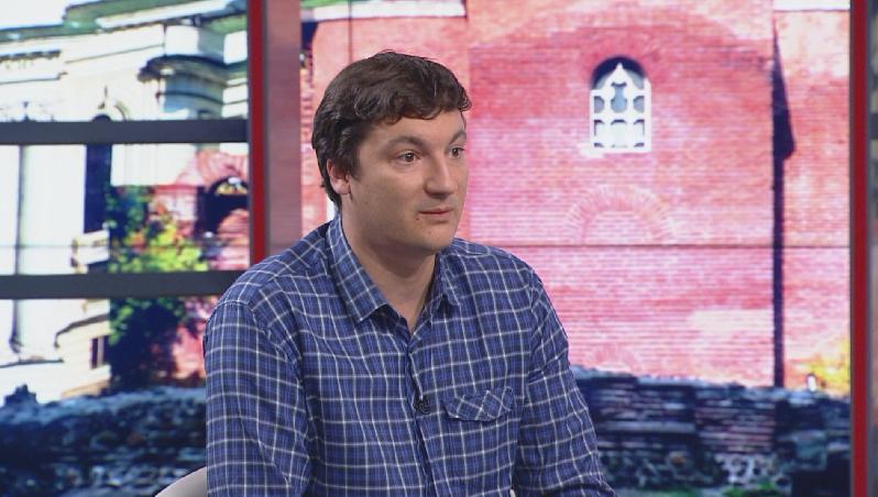 Крум Зарков: Ключовият проблем е, че у нас много хора живеят с малко средства