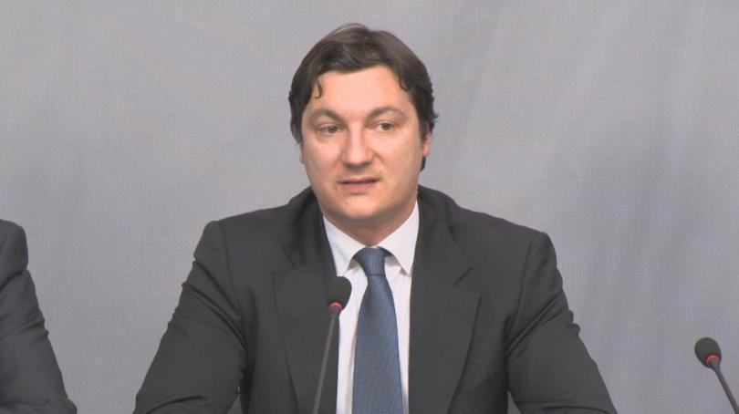 Проверяват депутата Крум Зарков за придобиване на имот на значителна стойност
